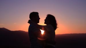 Couple conscient place chaque partenaire